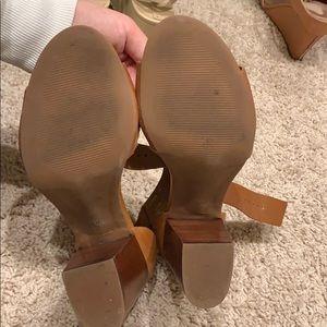 Steve Madden Shoes - Steve Madden Estoria Block Sandal - Tan 9
